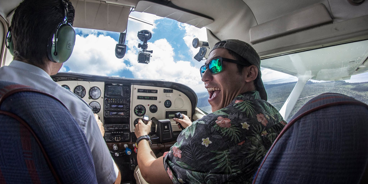 Learn to Fly a Plane with a Discovery Flight in Cozumel